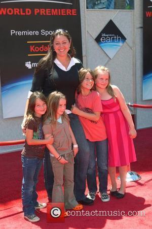 Camryn Manheim, Guests World Premiere of 'Disneynature: earth' held at El Capitan theatre Hollywood, California - 18.04.09