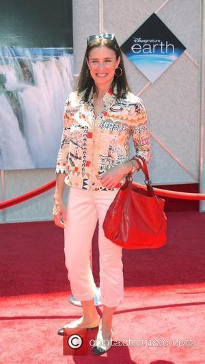 Mimi Rogers World Premiere of 'Disneynature: earth' held at El Capitan theatre Hollywood, California - 18.04.09