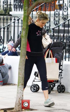 Newsreader Emily Maitlis drops her children off at school London, England - 06.10.08