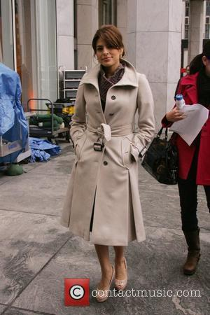 Eva Mendes and Cbs