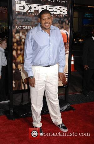 Omar Benson Miller The Los Angeles Premiere of 'The Express' held at Grauman's Chinese Theatre - Arrivals Hollywood, California -...