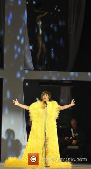 Dame Shirley Bassey Fashion Cares fundraiser for the AIDS Committee of Toronto Toronto, Canada - 01.11.08