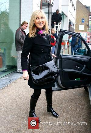 Fiona Phillips outside the GMTV studios London, England - 24.11.08