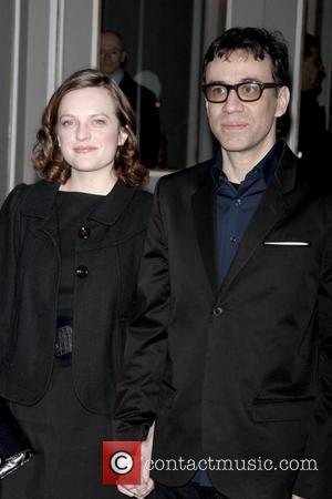 Elizabeth Moss and Fred Armisen