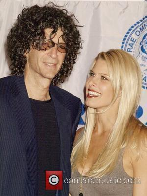 Howard Stern and Beth Ostrosky Stern  The Friar's Club Roast of Matt Lauer at the New York Hilton -...