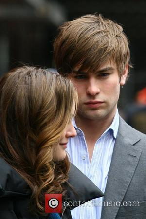 Leighton Meester and Chase Crawford