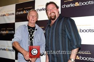 Shane Jacobson, Paul Hogan