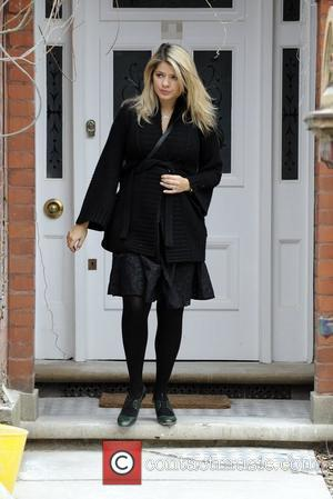 Holly Willoughby looks tired as she leaves her house London, England - 22.02.09