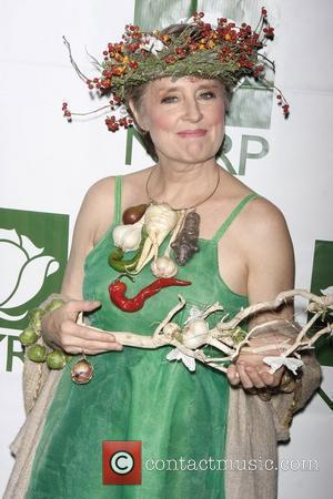 Alice Waters and Bette Midler