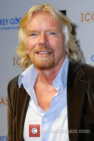Branson Abandons Transatlantic Sailing Record Attempt