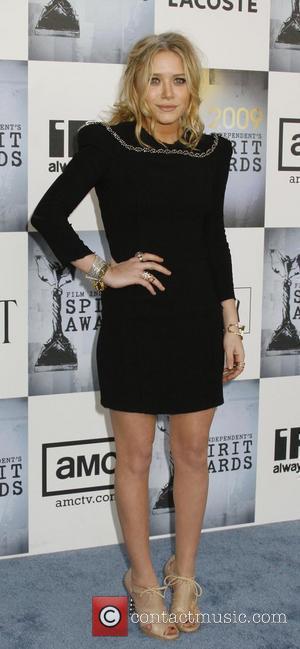 Mary Kate Olsen 2009 Film Independent's Spirit Awards at the Santa Monica Pier - inside arrivals Los Angeles, California -...