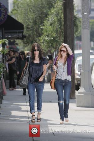 Courteney Cox and Isla Fisher