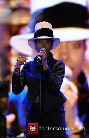 Badu Charged With Disorderly Conduct For Video Strip