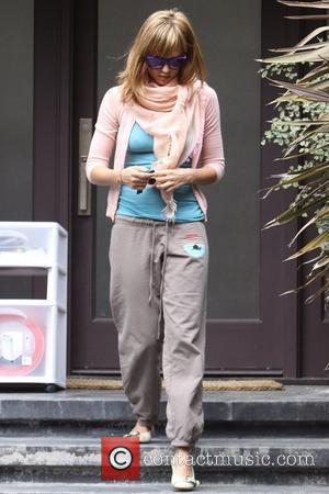 Jessica Alba, Sporting A New Blonde Hair and Leaving A House In Beverly Hills With Her Daughter After A Playdate