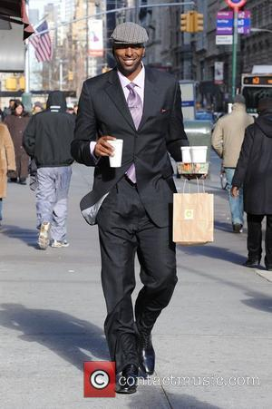John Salley grabs a coffee while out and about in Manhattan New York City, USA - 08.12.08