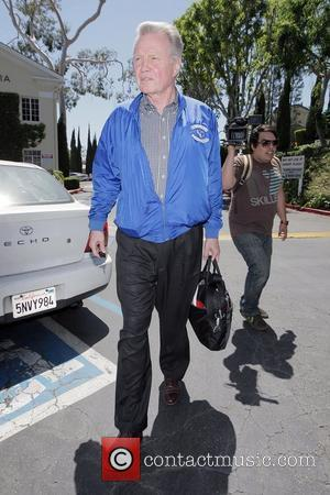 Jon Voight, Wearing A Jacket On A Very Hot Spring Day and Leaves Cafe Med On Sunset Plaza After Having Lunch