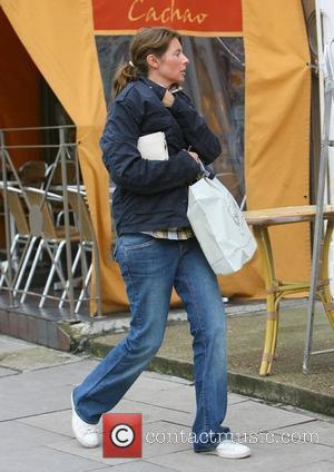 Jools Oliver out shopping in Primrose Hill London, England - 30.09.08