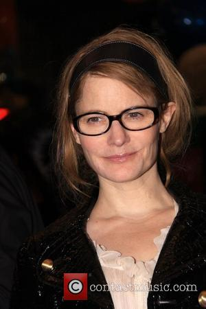 Jennifer Jason Leigh Seeks Custody Of Child After Filing For Divorce