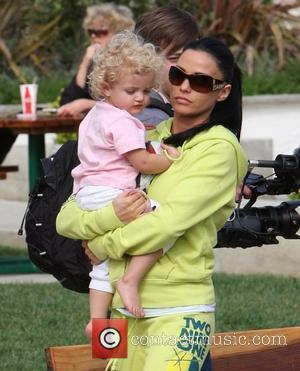 Katie Price and Princess Tiaamii have lunch at Tra di Noi