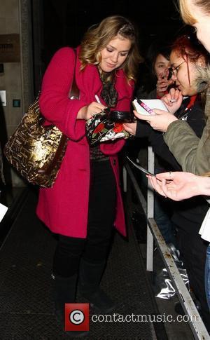 Kelly Clarkson leaving Radio One London, England - 11.01.09