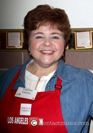 Patrika Darbo  LA Mission and Anne Douglas Center's Thanksgiving Meal For The Homeless Los Angeles, California - 26.11.08