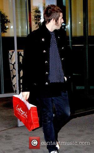 Liam Gallagher leaving the Hyatt hotel ahead of Oasis' concert in Berlin Berlin, Germany - 18.01.09
