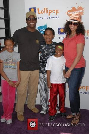 Blair Underwood and family Lollipop Theater Network Inaugural Game Day held at The Nickelodeon Animation Studios Burbank, California - 03.05.09