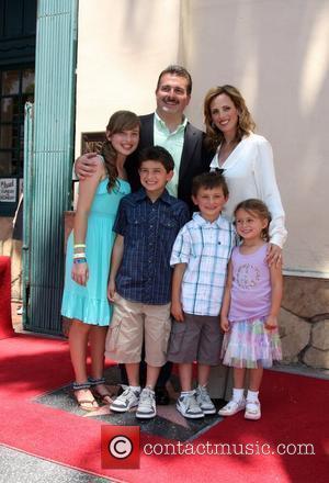 Marlee Matlin, Husband Kevin Grandalski with children Brandon Joseph, Tyler Daniel, Sara Rose and Isabelle Jane