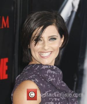 Nelly Furtado Los Angeles Premiere 'Max Payne' held at the Mann's Grauman Chinese Theater Hollywood, California - 13.10.08