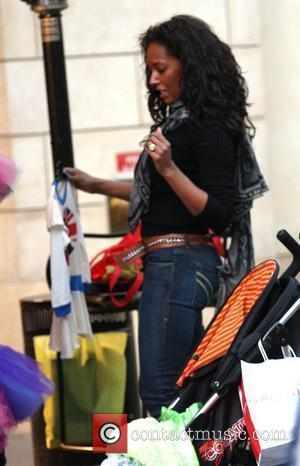 Mel B and Her Husband Go Christmas Shopping With Her Daughter At The Grove