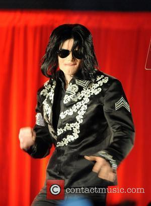 Michael Jackson Will Make A Spectacular Live Comeback With Ten Shows In London This Summer (09) - His Last Ever Concerts In The U.k. Capital. and O2 Arena