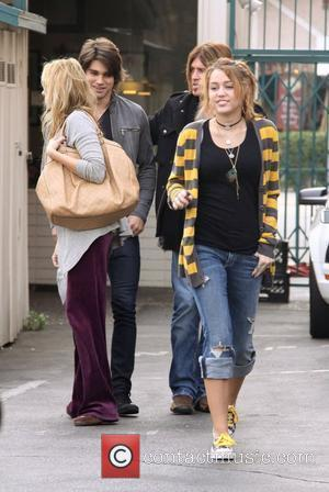 Tish Cyrus, Justin Gaston, Billy Ray Cyrus and Miley Cyrus have lunch at Paty's restaurant in Toluca Lake. Los Angeles,...