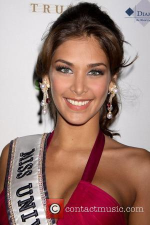 Dayana Mendoza 2009 Miss USA Pageant at the Planet Hollywood Resort Casino - Arrivals Las Vegas, Nevada - 19.04.00