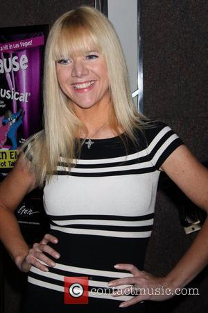 Jennifer Elise Cox and Las Vegas