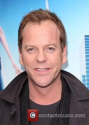 Kiefer Sutherland and Aliens