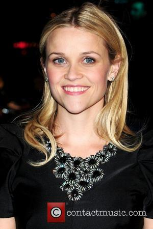 Reese Witherspoon and Aliens