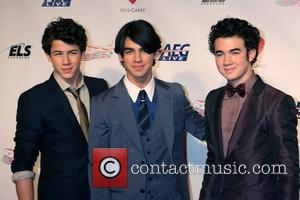 Neil Diamond, Jonas Brothers