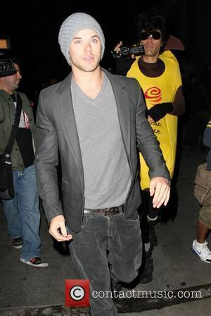 Kellan Lutz Pictures | Photo Gallery Page 11 | Contactmusic com