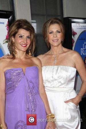 Nia Vardalos and Rita Wilson