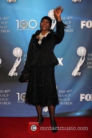 Cicely Tyson  40th NAACP Image Awards held at the Shrine Auditorium - Arrivals Los Angeles, California - 12.02.09