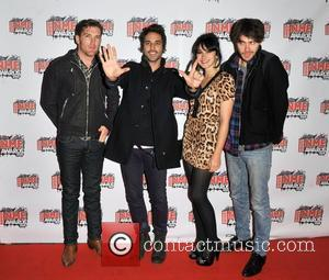 Howling Bells, Nme and Brixton Academy