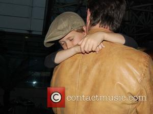 Noah Wyle and family arriving at LAX  Los Angeles, California - 29.04.09
