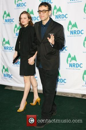 Elizabeth Moss and Fred Armisen