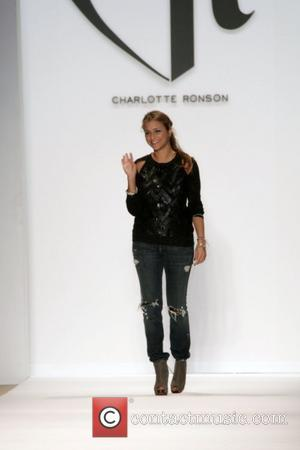 Charlotte Ronson Mercedes-Benz IMG New York Fashion Week Fall 2009 - Charlotte Ronson - runway New York City, USA -...