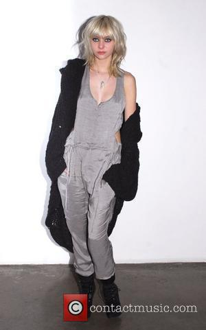 Taylor Momsen Mercedes-Benz IMG New York Fashion Week Fall 2009 - Jen Kao - Backstage New York City, USA -...