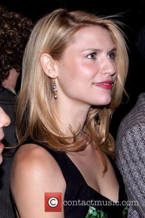 Claire Danes Mercedes-Benz IMG New York Fashion Week Fall 2009 - Narciso Rodriguez - Front Row New York City, USA...