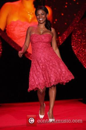 Nia Long wearing Tracy Reese  Mercedes-Benz IMG New York Fashion Week Fall 2009 - The Heart Truth's Red Dress...