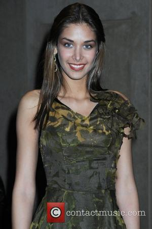 Miss Universe Dayana Mendoza Mercedes-Benz IMG New York Fashion Week Fall 2009 - Thuy - Backstage New York City, USA...