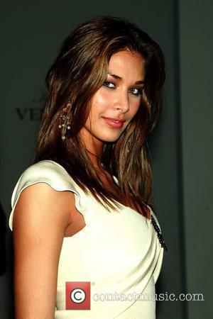 Miss Universe 2008 Dayana Mendoza Mercedes-Benz IMG New York Fashion Week Fall 2009 - Kati Stern - Venexiana - Front...