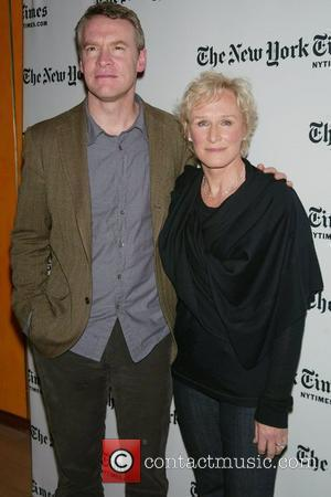 Tate Donovan and Glenn Close